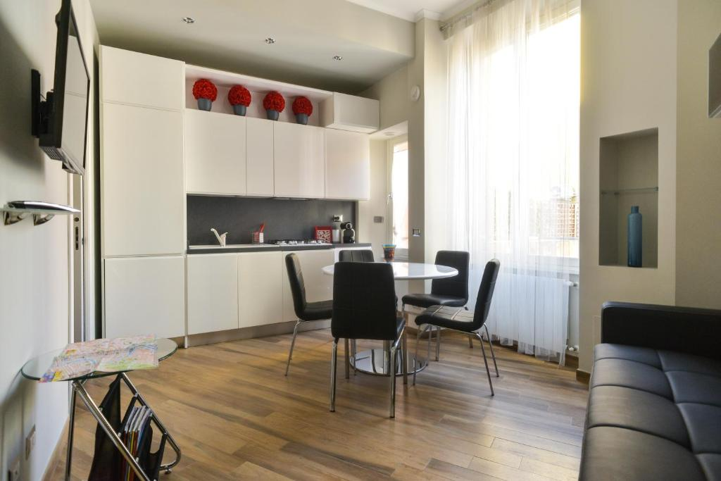 A kitchen or kitchenette at Lata Luxury Apartment