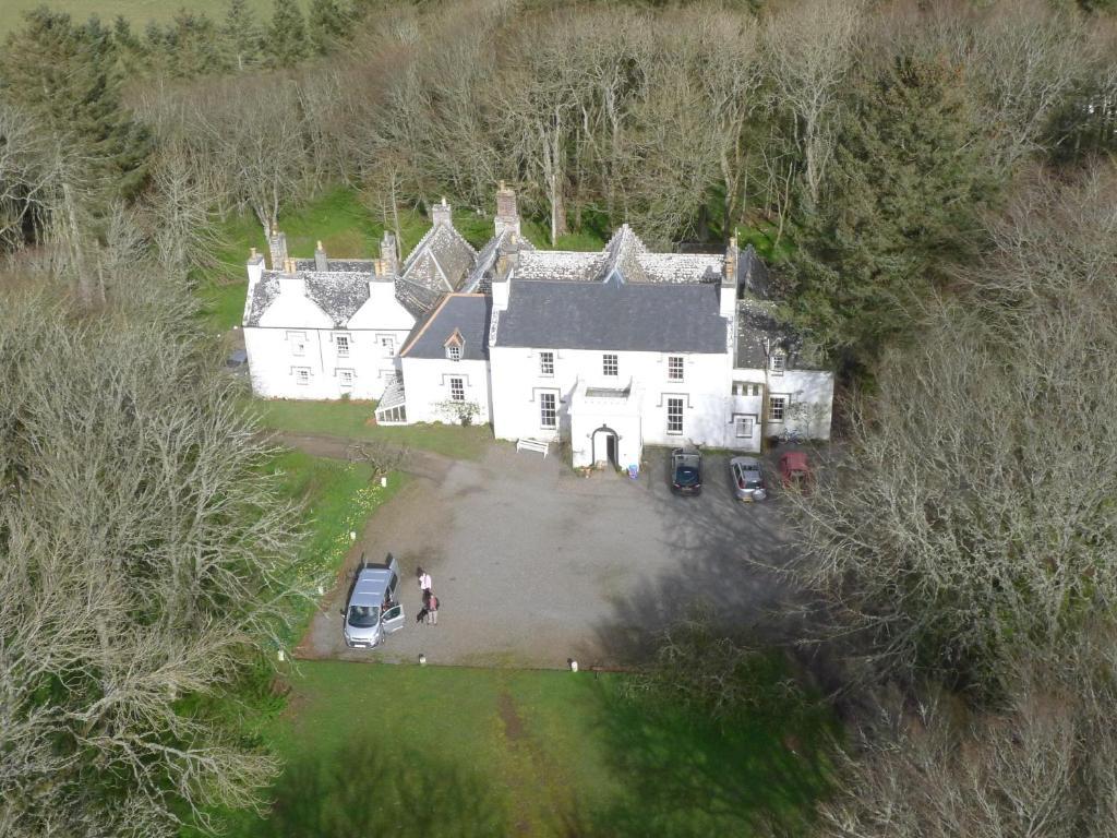 A bird's-eye view of Thrumster House