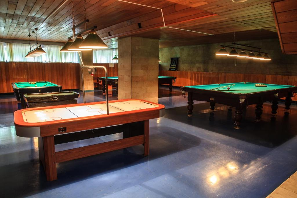 A pool table at Zvenigorodsky Resort