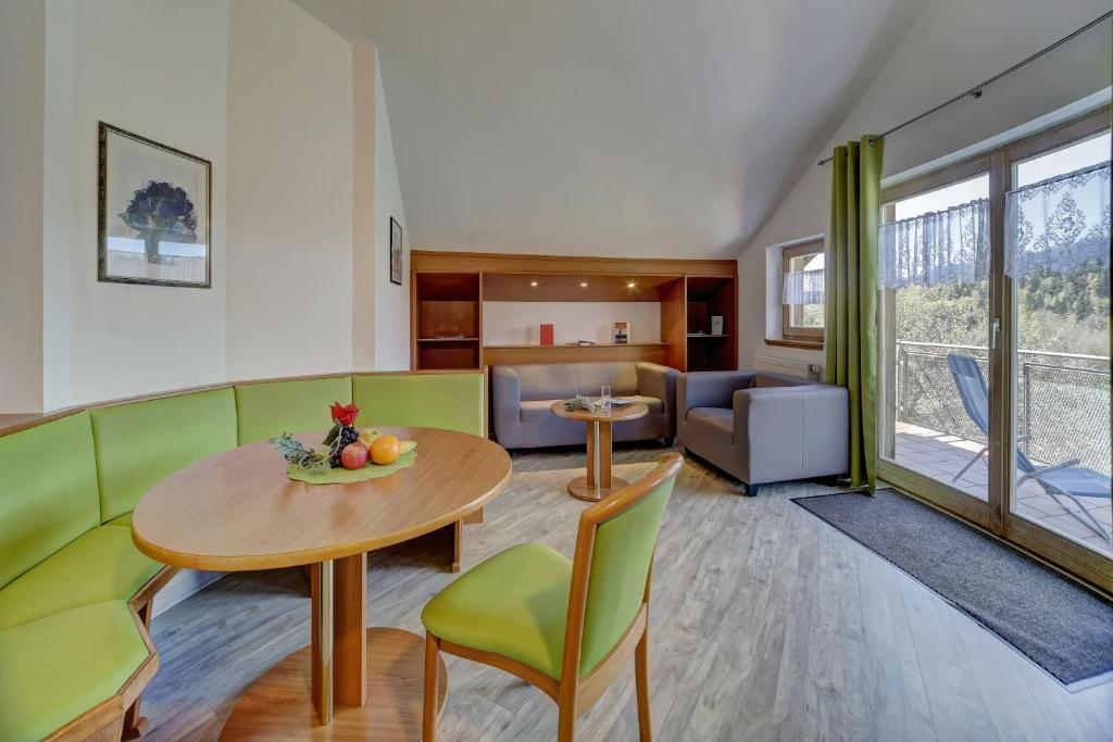 Hotel Bayerischer Wald Neukirchen Prețuri Actualizate 2020
