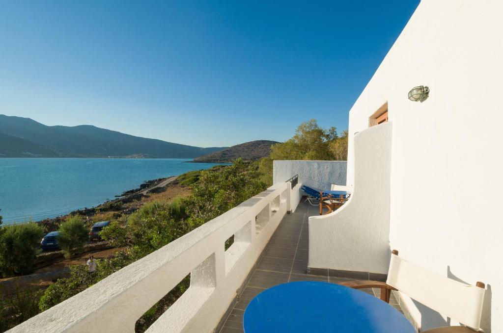 A balcony or terrace at Elounda Island Villas