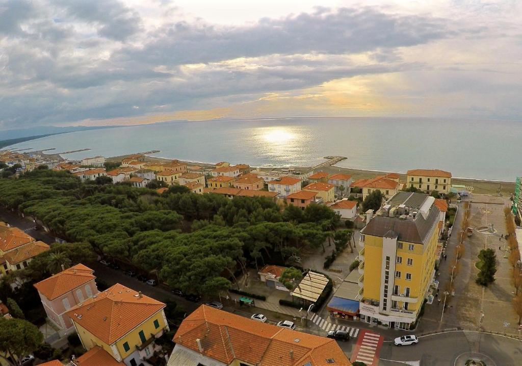 A bird's-eye view of Hotel Tornese