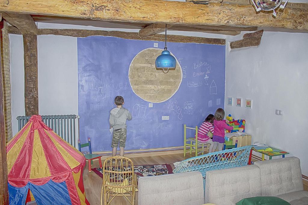 Casa de campo La madriguera de Tomaso (España Eraul ...