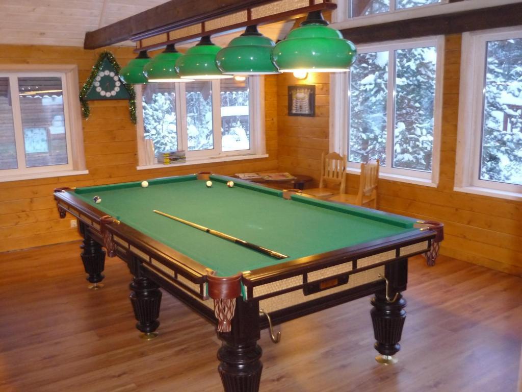 A pool table at Lesnaya Baza Shishki
