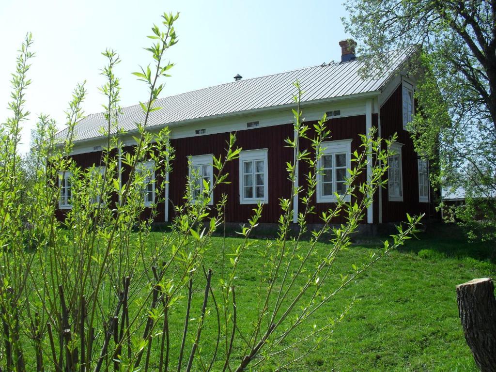 Rakennus, jossa maatilamajoitus sijaitsee