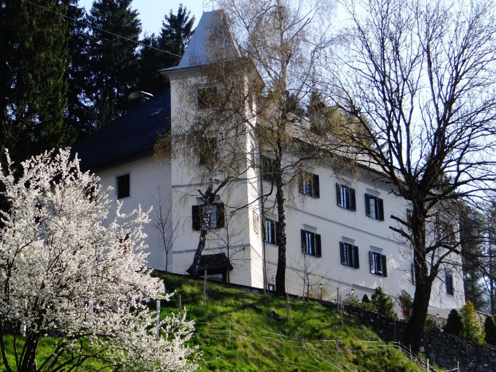 Vacation Home Landhaus Weger Kirchbach bei Nassfeld
