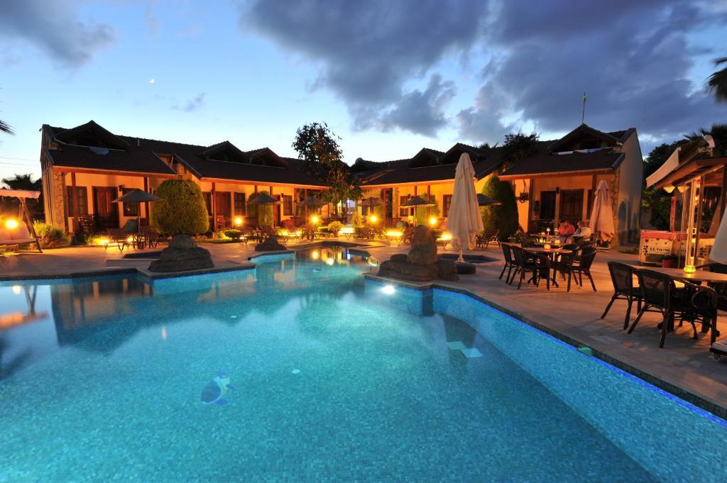Piscina di Grenadine Lodge o nelle vicinanze