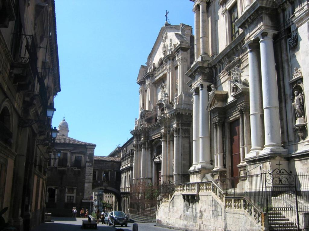 Apartment Marcondi House Catania Italy Booking Com