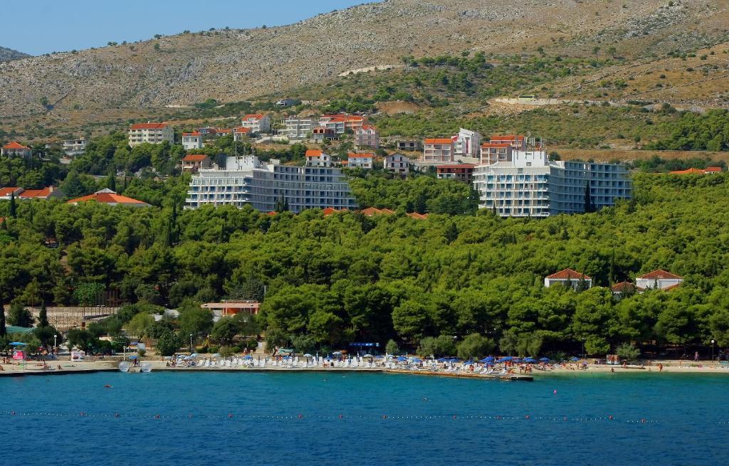 Hotel Medena - Low Cost