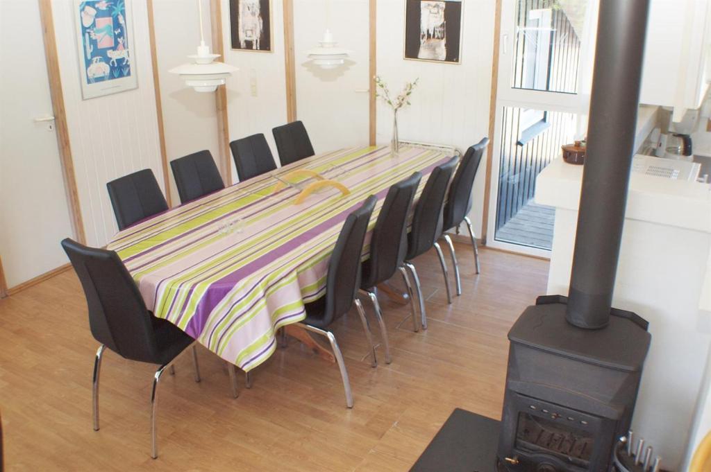Five-Bedroom Holiday Home Nordsøvej with a Sauna 09
