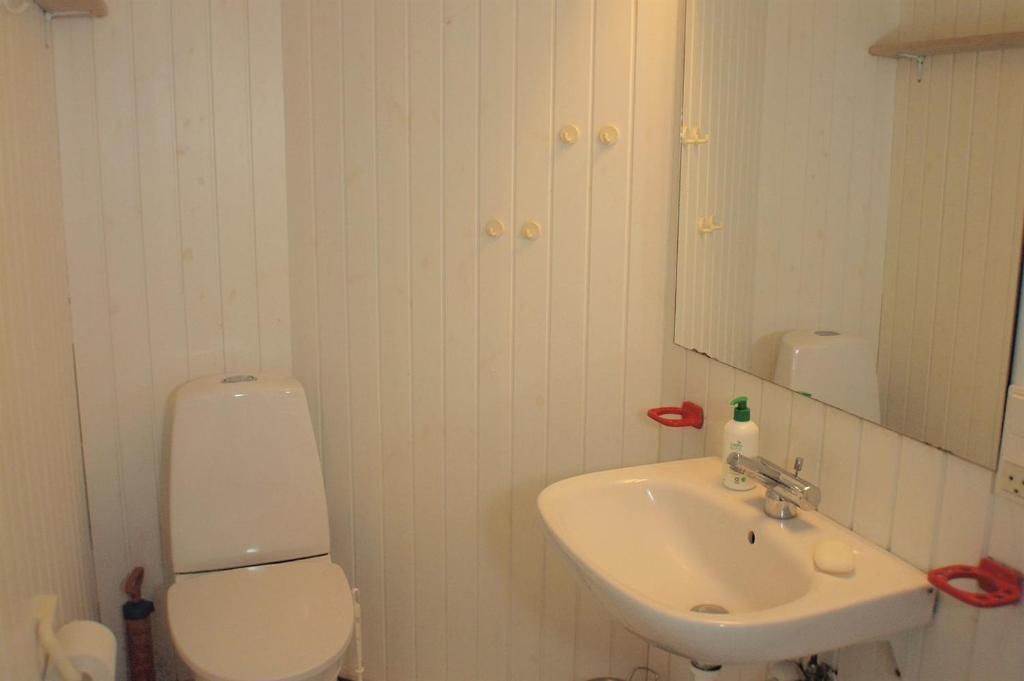 Five-Bedroom Holiday Home Ørnebjergvej with a Sauna 08