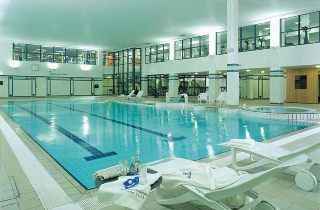 The swimming pool at or near Kilkenny Ormonde Hotel
