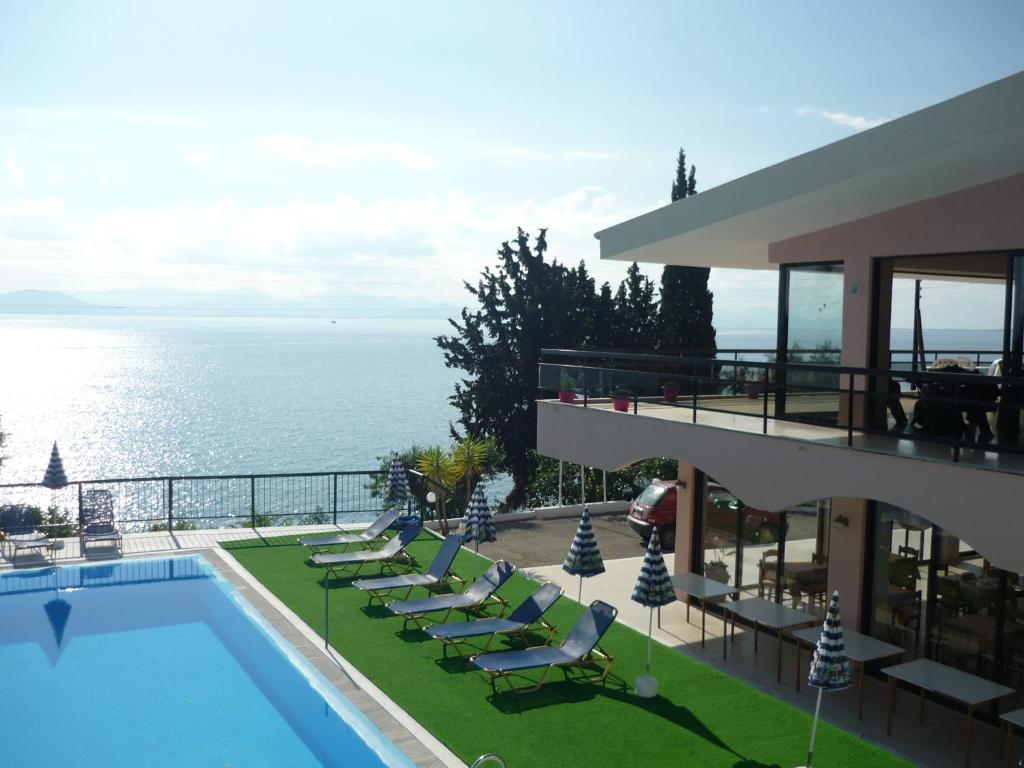 A view of the pool at Karina Hotel or nearby