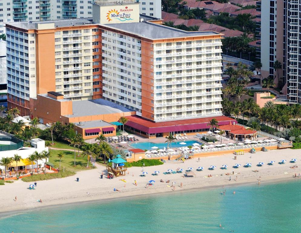 Hotel Plaza Marco Polo Beach США