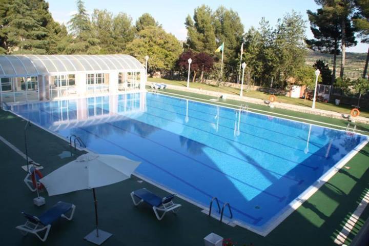 Vista de la piscina de Hotel Nuevo Chinchón o alrededores