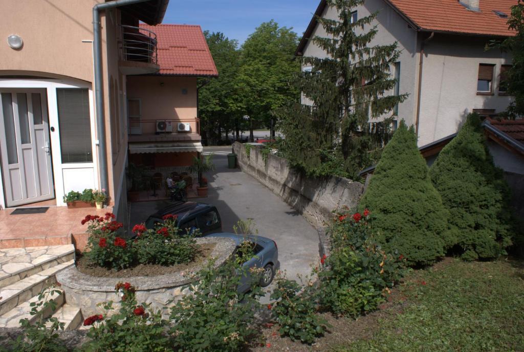 Hostel Jedvaj