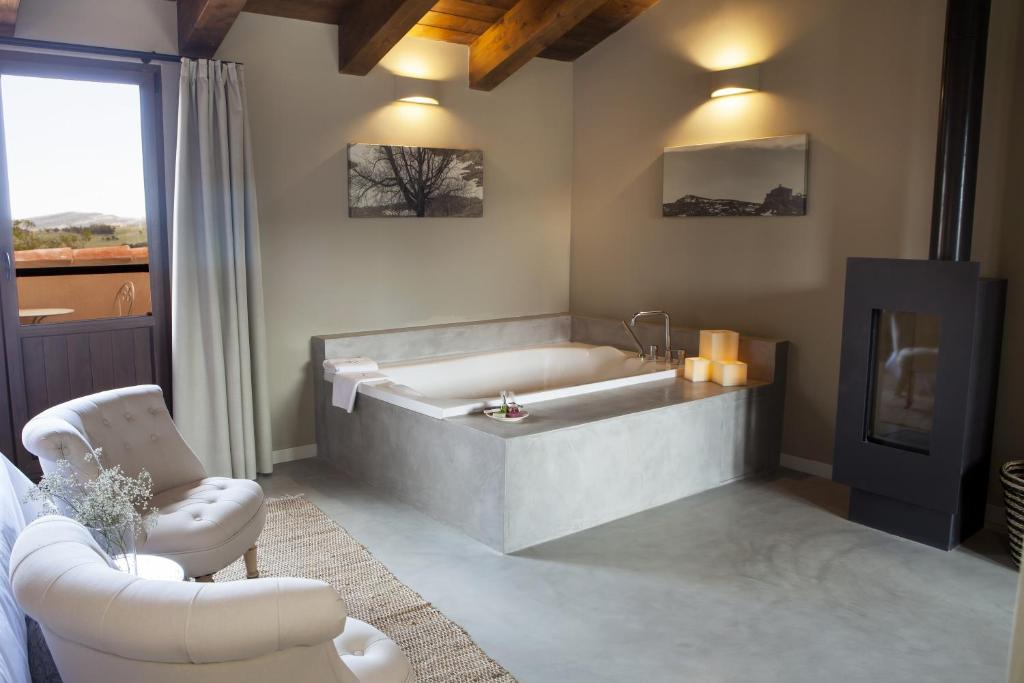 boutique hotels in aragon  37