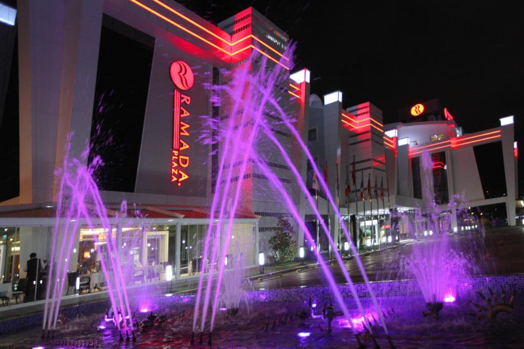 نتيجة بحث الصور عن فندق رمادا بلازا إزميت تركيا