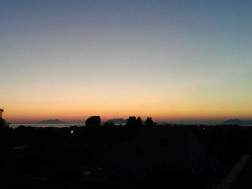 Giardinello Stagnone Sunset