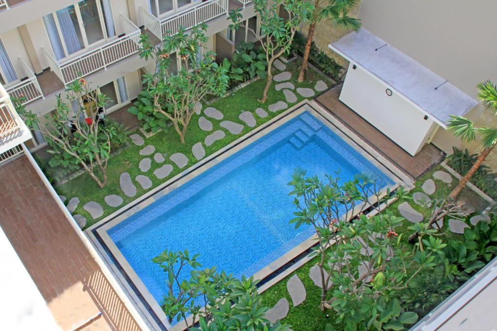 A view of the pool at Choice Stay Hotel Denpasar or nearby