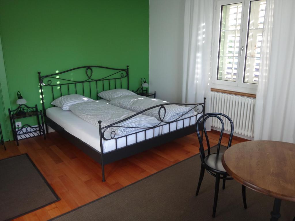 Ein Bett oder Betten in einem Zimmer der Unterkunft Bed and Breakfast Hopfengrün