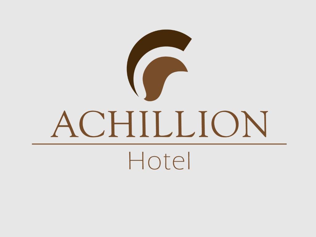 El logo o cartelera del hotel