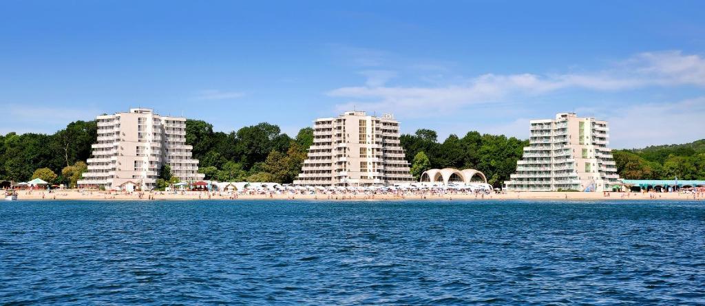 Hotel Nona All Inclusive Albena Bulgaria Booking Com