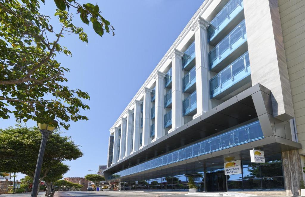 Здание курортного отеля