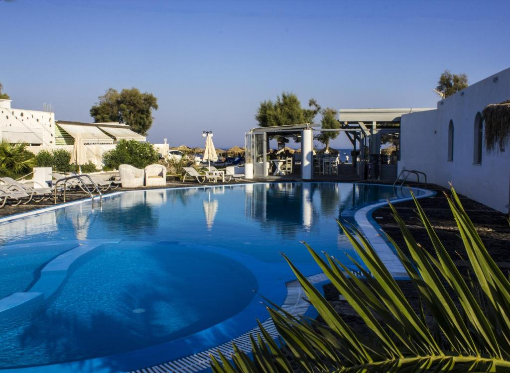The swimming pool at or close to Sea View Beach Hotel