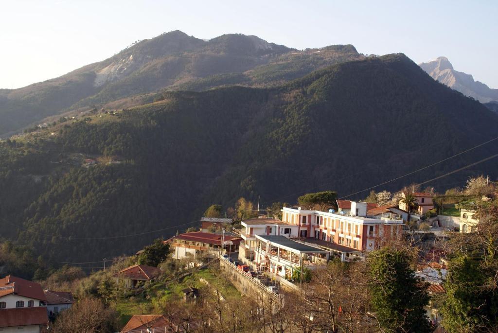 Vista aerea di Albergo San Carlo