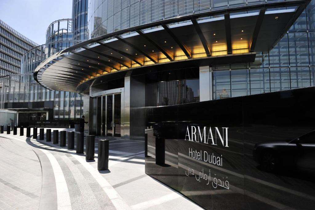 Armani Hotel Dubai, UAE - Booking.com