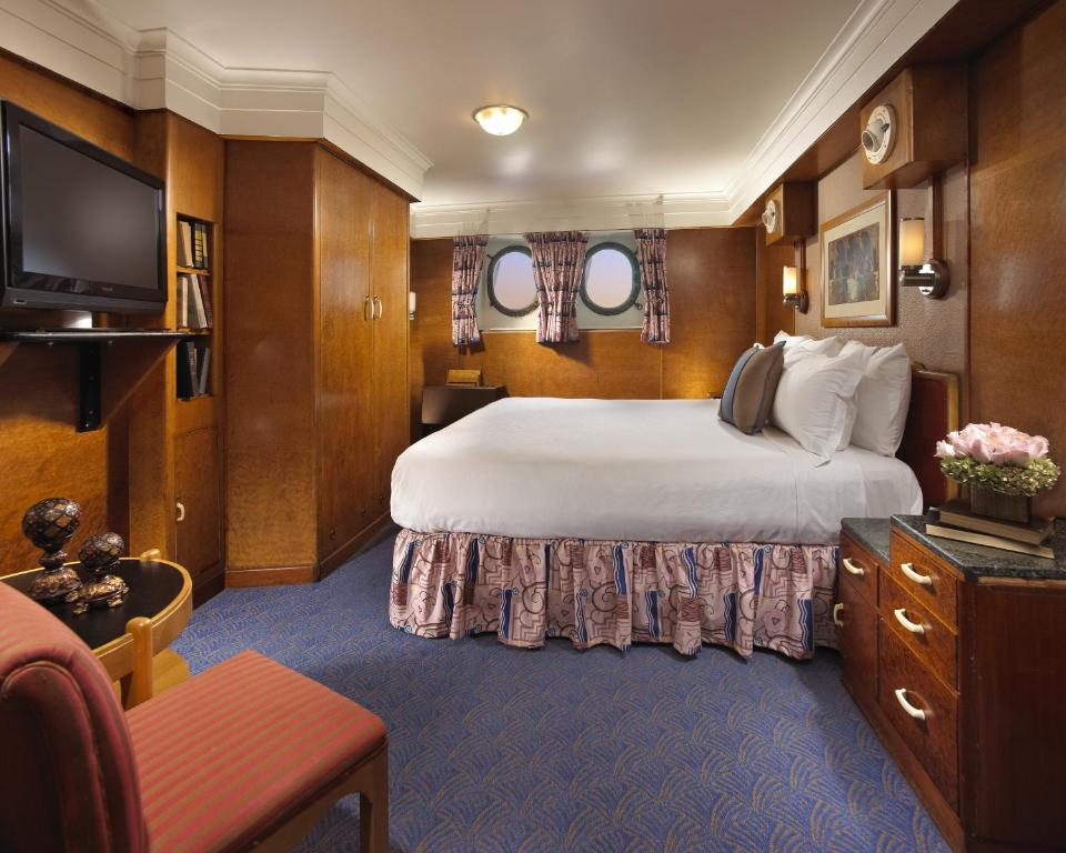 Hotel The Queen Mary Long Beach Ca