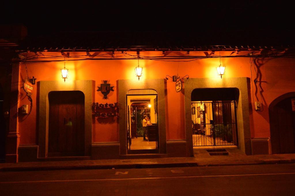 Hotel Real Leon (Nicaragua León) - Booking.com