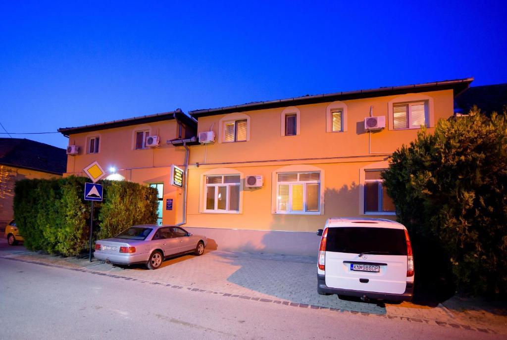 Guest House Mali hotel