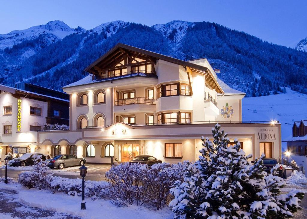 Hotel Albona during the winter