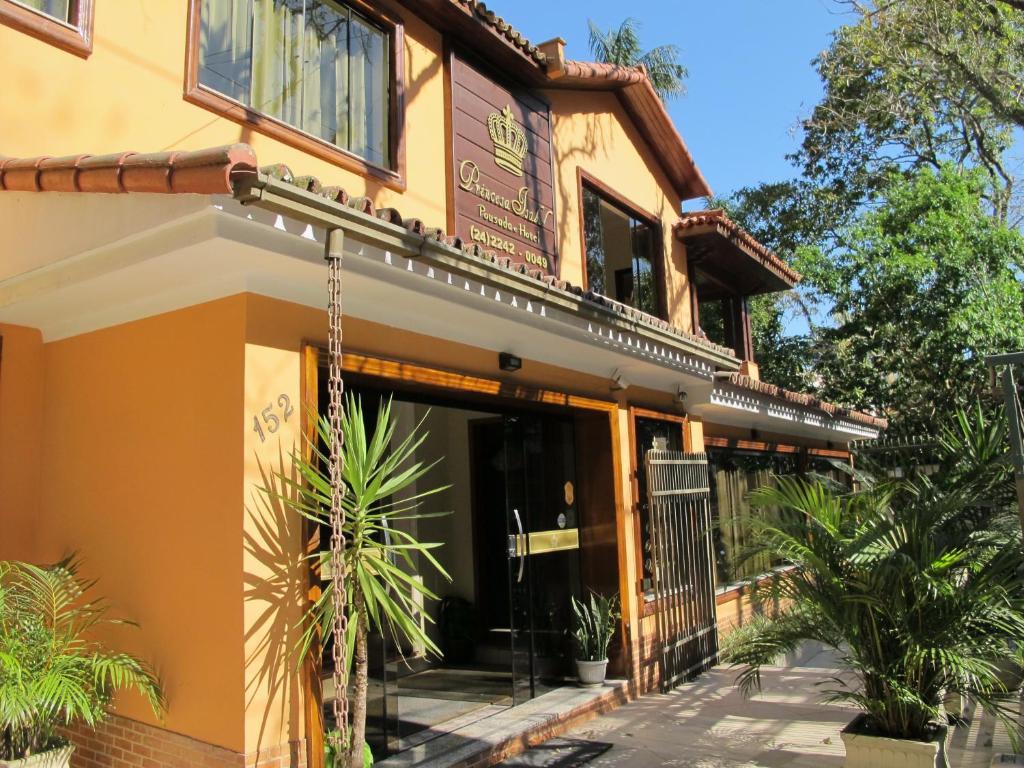 A fachada ou entrada em Princesa Isabel Pousada e Hotel – Dom Pedro
