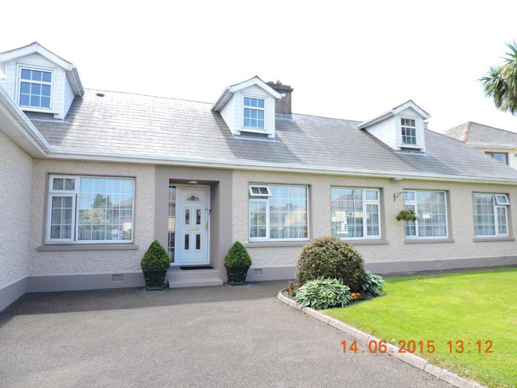 Dungarvan College: Home