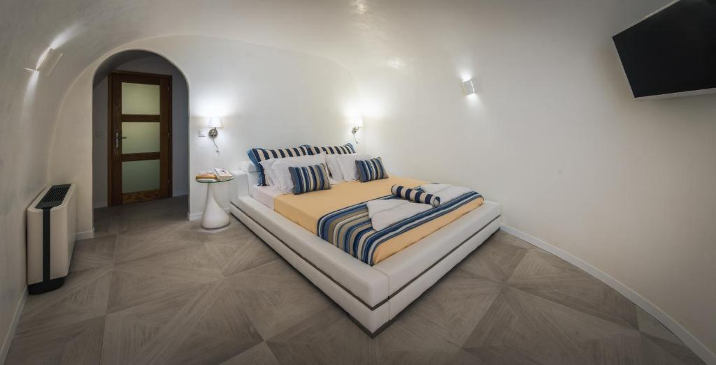 Elite Luxury Suites