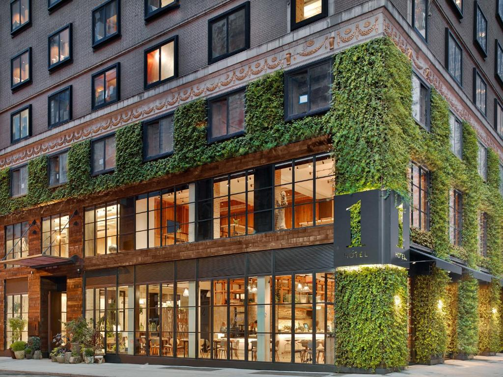 Lightest  Hotels New York Hotel Under $500