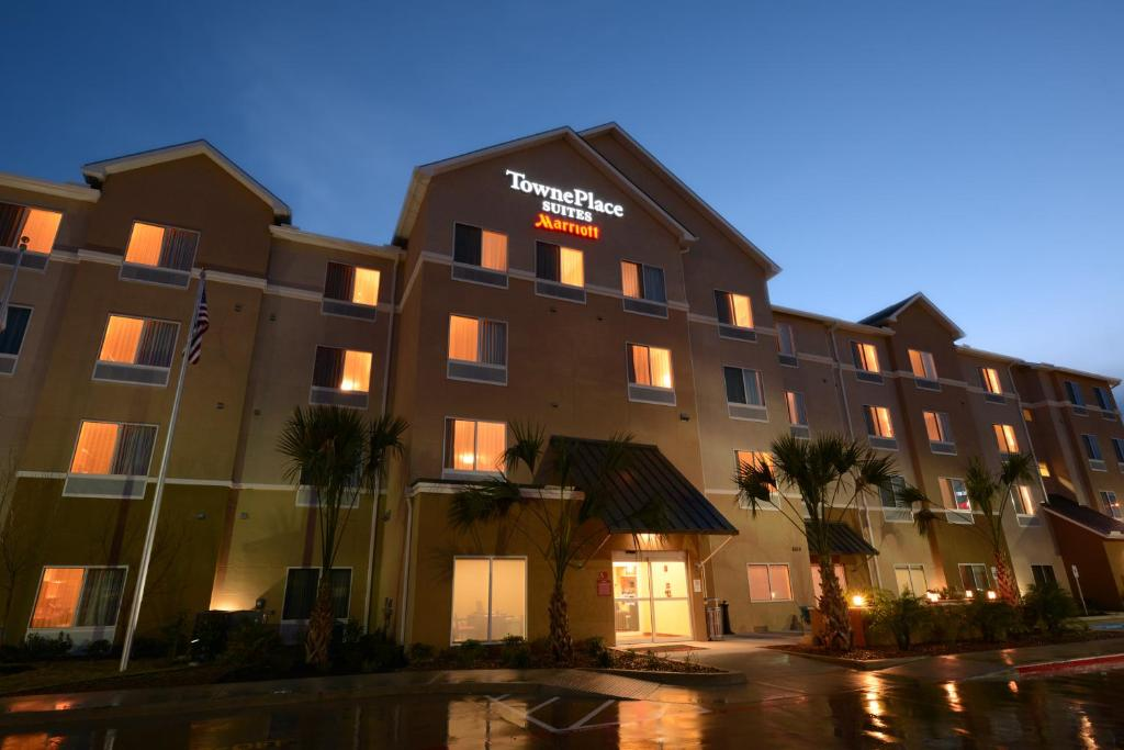 TownePlace Suites by Marriott Laredo.