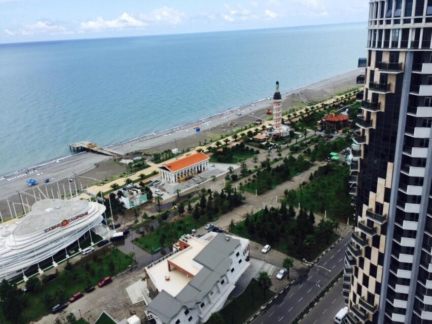 Apartment Erekle at Orbi Sea Tower