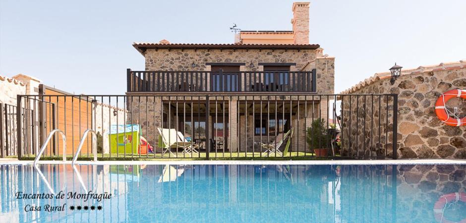 Casa de campo Encantos De Monfragüe (España Malpartida de ...