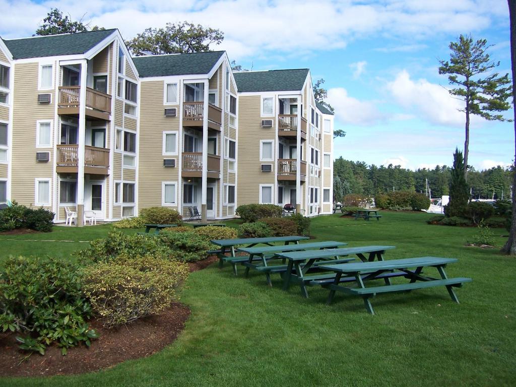 Misty Harbor Resort Gilford Nh Booking Com