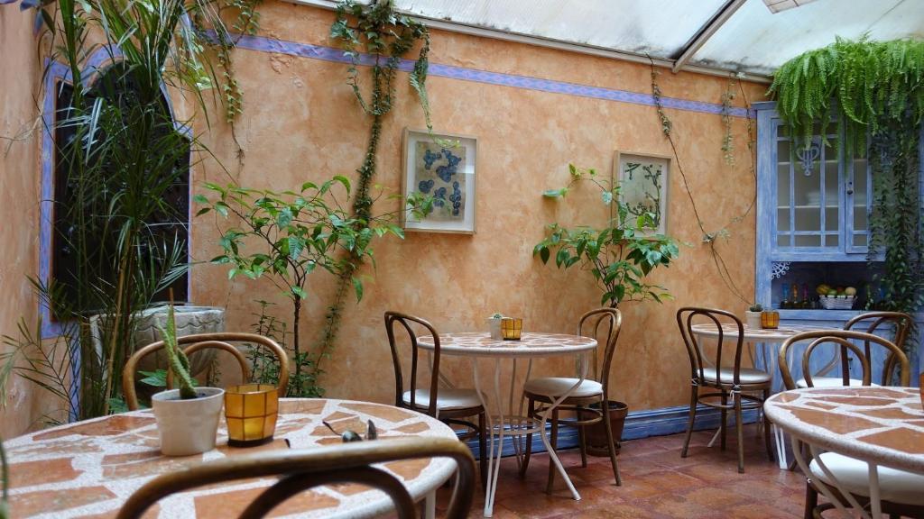Un restaurante o sitio para comer en Camino Condal