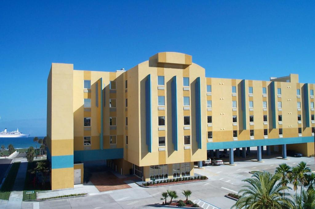 Cocoa Beach Suites Hotel Usa