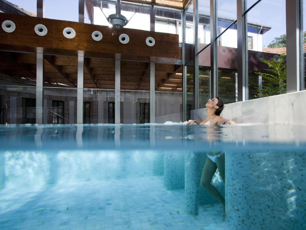 The swimming pool at or near Gran Hotel Las Caldas Wellness Clinic