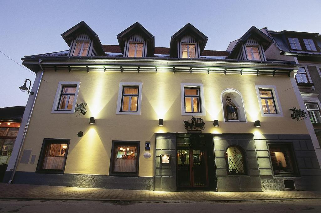 Der Berg ruftrockmartonline.com Sommer und im Winter - Chalets - Airbnb