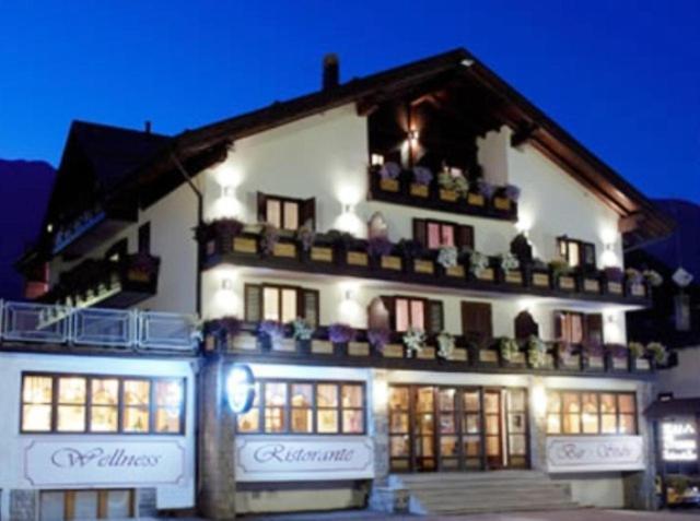 Hotel Presena durante l'inverno
