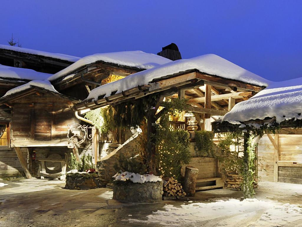 Les Fermes de Marie during the winter