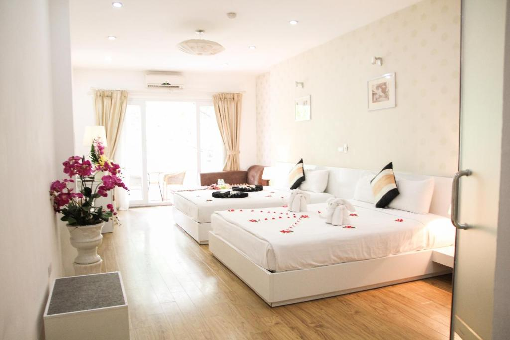 Khách Sạn Splendid Star Suite